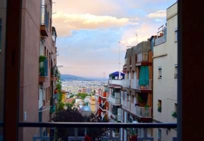 Apartament a Carrer de Calderón de la Barca, prop de Carrer de l' Alcalde de Zalamea