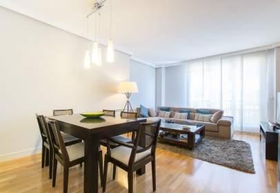 Apartamento en calle de Mercedes Formica