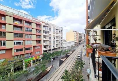Apartamento en Avenida Angel Guimera