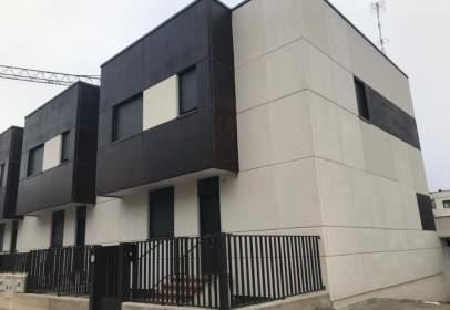 Casa pareada en Villimar - V1 - V2 - S3 - S4 - San Cristobal