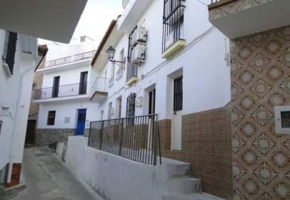 Casa pareada en Guaro