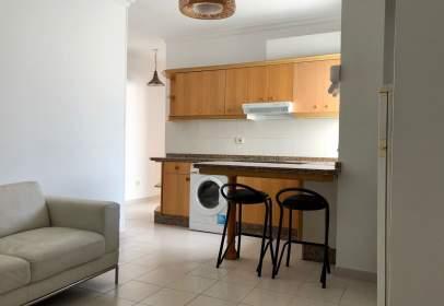 Apartament a calle Cirilo Moreno