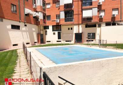 Apartment in calle de Carabaña