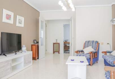 Apartment in Carrer del Doctor Fleming, nº 1