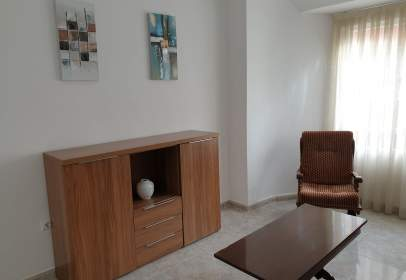 Apartament a calle de Aldebarán, prop de Calle del Deportista César Porcel