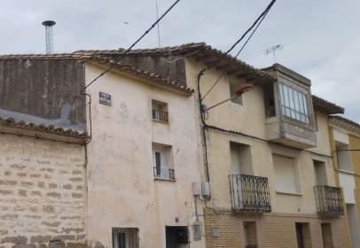 Casa adosada en calle Ramón y Cajal