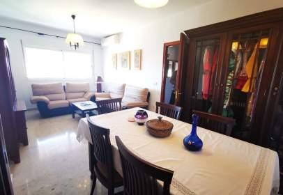 Apartment in calle de Eduardo Miura