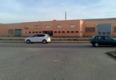 Industrial building in calle de Segovia
