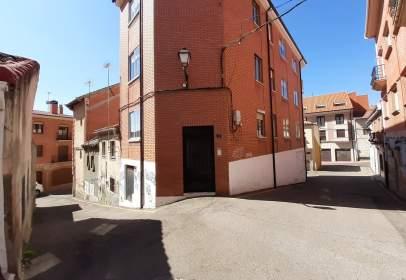 Apartment in Travesía de Santo Domingo, 18