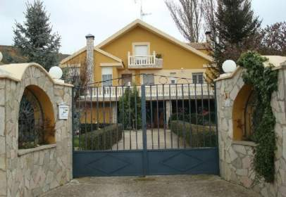 House in Monzón de Campos