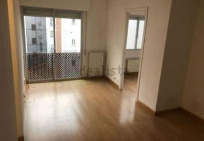 Apartment in calle de Bretón de los Herreros, near Calle de Ponzano