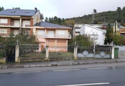 Terraced house in calle Orense Ponferrada, nº 12