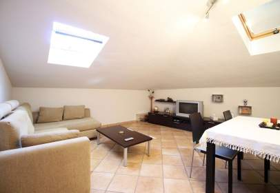 Penthouse in calle Fuente Ribera, nº 11
