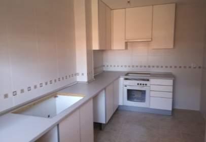 Apartment in Pioz