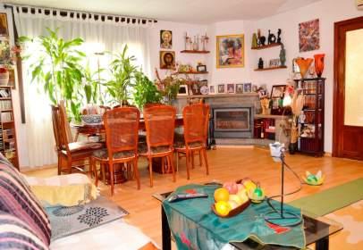 Casa en calle Anselm Clavé, nº 55