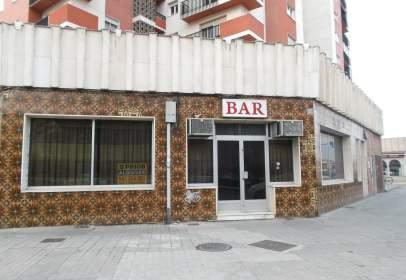Local comercial a calle Arlanzon, nº 2