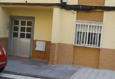 Piso en calle Hermanos Toledo Suarez, nº 11