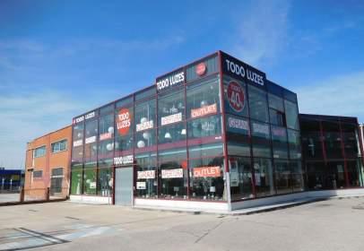 Nave industrial en calle Vitoria, Burgos
