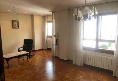 Apartament a Avenida Cantabria