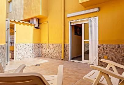 Casa adosada en calle del Geranio, nº 90