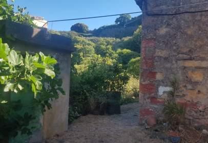 Terreny a calle Hoya de los Ajos Madrelagua