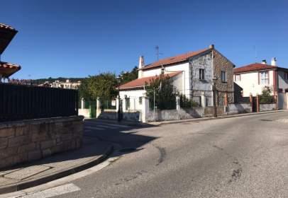 Casa adossada a calle Barriada Illera
