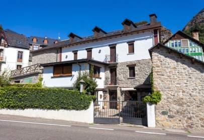 Casa en Carretera Huesca A Francia, nº 24