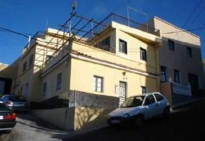 Casa adosada en calle Las Agüitas