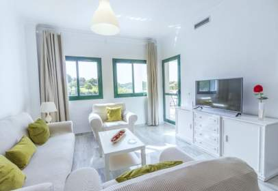 Apartment in calle Atalaya Golf
