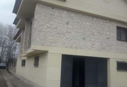 Casa a Carretera Madrid Irún, nº 1