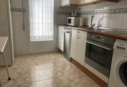 Apartamento en calle Serafín