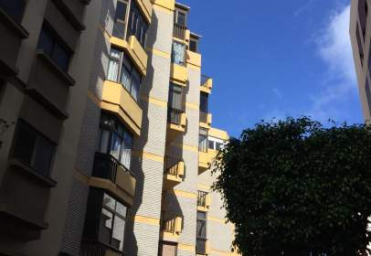Apartament a calle 29 de Abril, nº 51