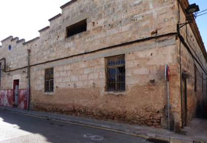 Edificio en calle Jaime Sard