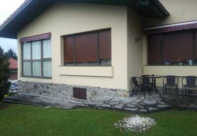 Casa en calle Guremendi