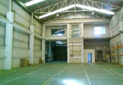 Nau industrial a Centro