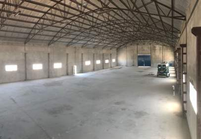 Industrial Warehouse in calle Diseminado Cr San Javier, nº 18