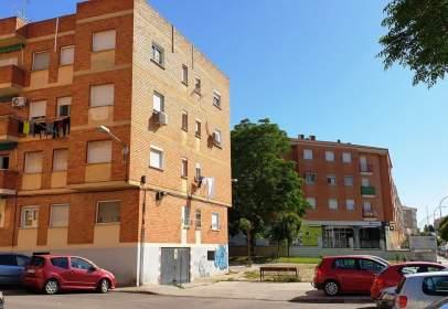Apartamento en calle de Don Benito, nº 5