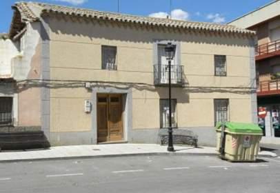 Casa aparellada a Plaza del Garrido, nº 5