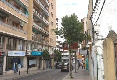 Apartament a calle de Almendralejo, nº 47
