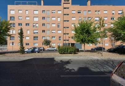 Apartament a Avenida de Carmen Laforet, 9
