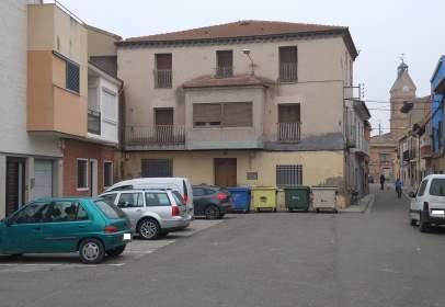 Casa pareada en Plaza de la Iglesia, nº 7