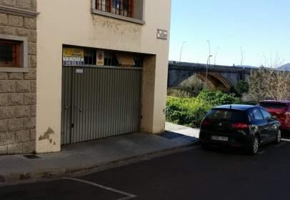 Garatge a calle del Pintor Luis de Morales, nº 20