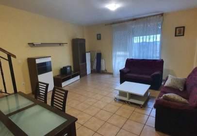Casa adossada a Quintanadueñas