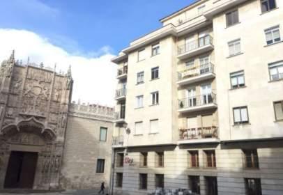 Apartament a calle de las Cadenas de San Gregorio