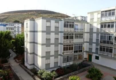 Apartamento en Avenida del Cardonal, cerca de Barriada del Cardonal