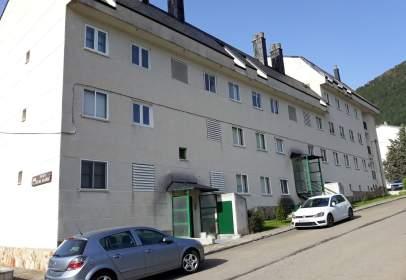 Apartment in calle de Ramón y Cajal, 9