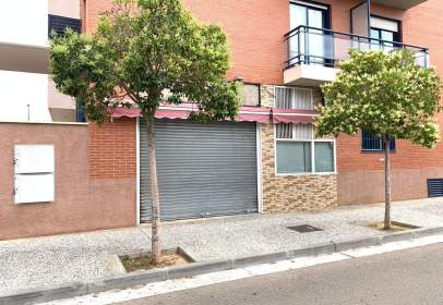 Local comercial a Avda Cataluña-Santa Isabel-Movera