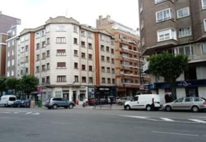 Pis a calle Ana Lopidana