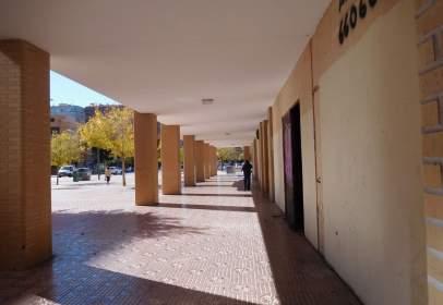 Local comercial a calle de la Condesa Mencía