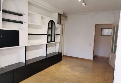 Apartament a calle de Aguilón